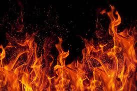 Bénin : Un magasin de peinture prend feu à Cotonou, un sapeur pompier a failli laisser sa peau
