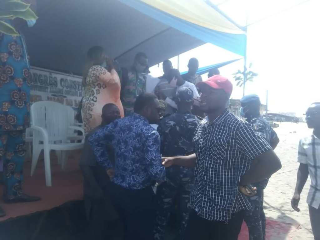 Bénin : Un meeting des jeunes de l'opposition arrêté pour absence de déclaration