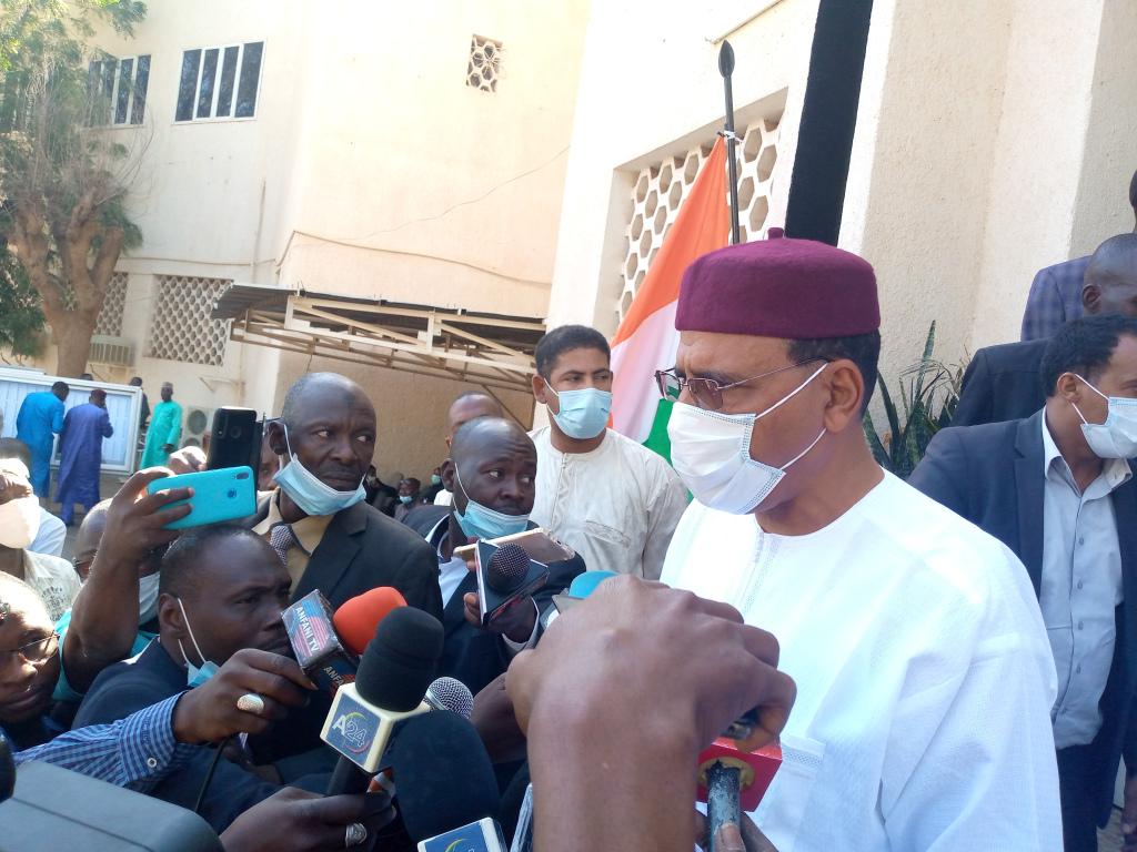 Elections locales et régionales : Les Nigériens votent dans le calme, Mohamed Bazoum salue l'organisation du scrutin