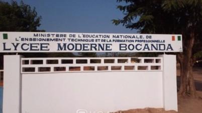Côte d'Ivoire: Affront ! Un élève confisque le téléphone de son professeur