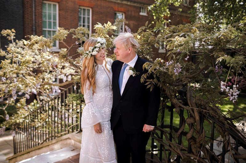 Le premier ministre britannique Boris Johnson s'est marié en secret