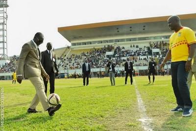 Bénin : Patrice Talon fait du ''Lionel Messi'' et drible parfaitement Jacques Ayadji et Claudine Prudencio