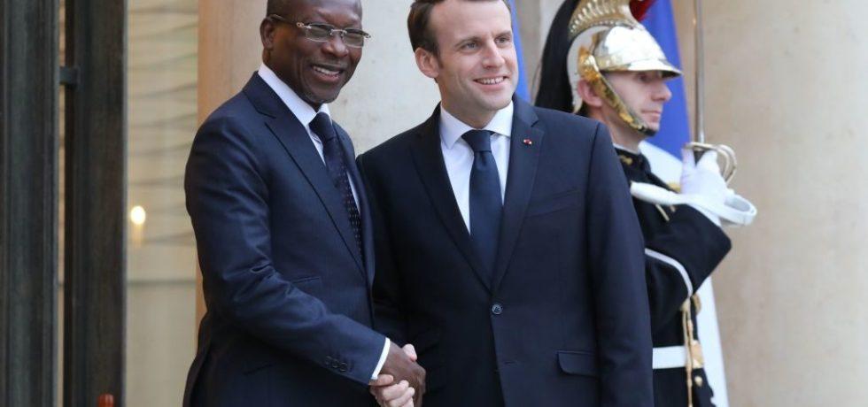 Macron transmet ses « vœux de succès » à Talon après sa réélection, mais lui fait un rappel agaçant