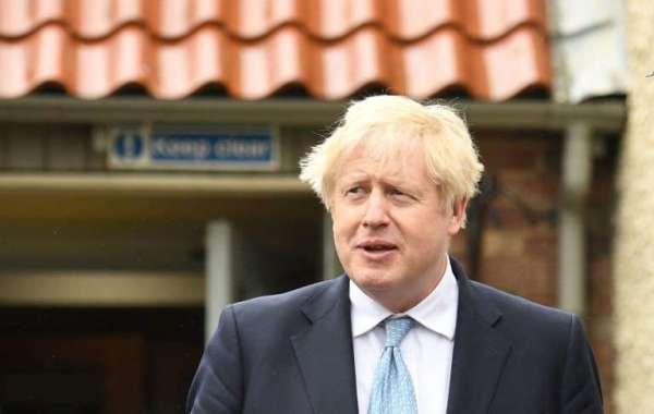 """Boris Johnson adresse ses """"félicitations"""" à Harry et Meghan après la naissance de leur fille"""