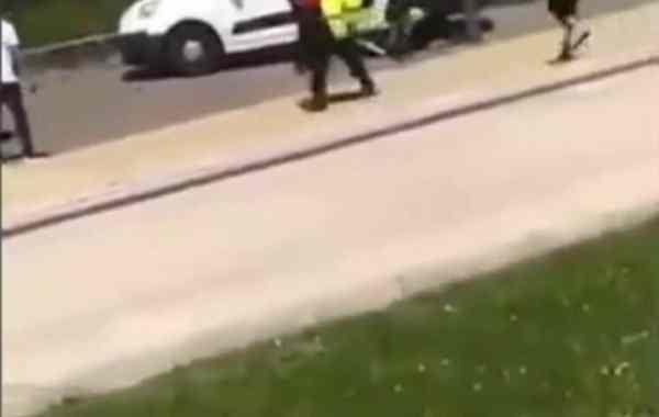 Il tire sur sa femme en pleine rue avant de se tirer une balle dans la tête